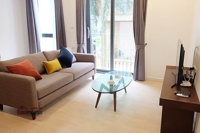 Bright and airy apartment in Kim Ma, Ba Dinh, 01 br 1