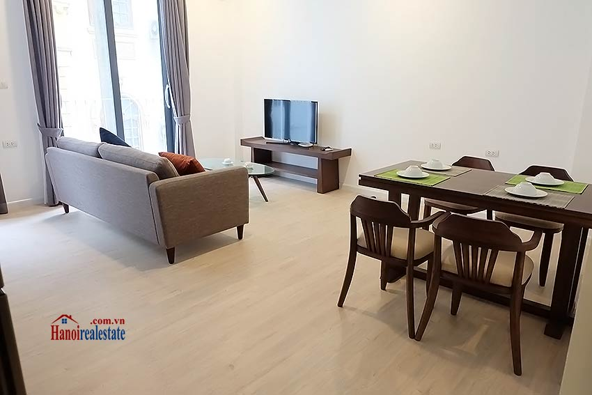 Bright and airy apartment in Kim Ma, Ba Dinh, 01 br 2
