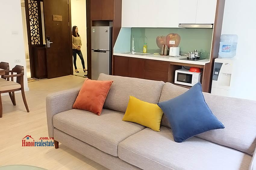 Bright and airy apartment in Kim Ma, Ba Dinh, 01 br 4