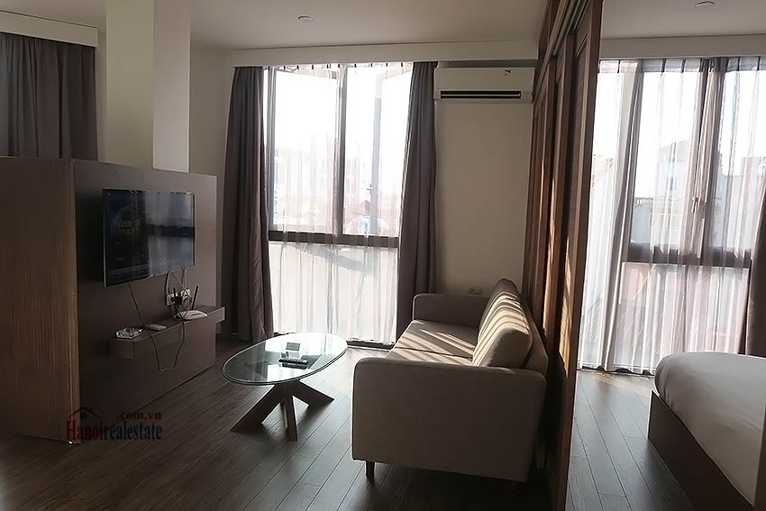 Bright and airy serviced studio in Dao Tan, Ba Dinh Dist 1