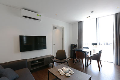 Bright and cozy 01BR apartment with opened view on Tay Ho Rd