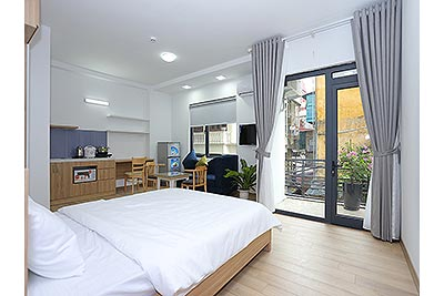 Bright and modern studio apartment in Giang Vo, Ba Dinh Dist