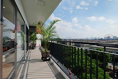 Bright apartment with 2+1 bedrooms at Trinh Cong Son street, large balcony
