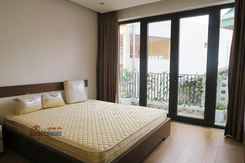 Bright, brand new studio apartment at Dong Da District, with balcony 7