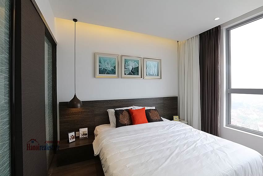 Charming 01BR apartment for rent at Vinhomes Nguyen Chi Thanh 5