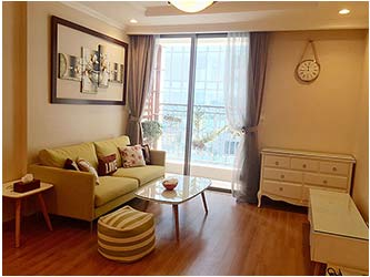 Charming 02BRs apartment for rent at Vinhomes Nguyen Chi Thanh, bright and fully furnished