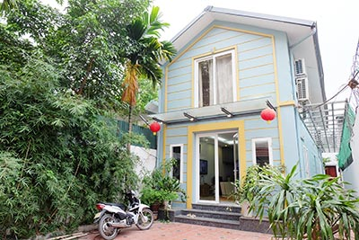 Charming 02BRs house on Dang Thai Mai for rent, fully furnished