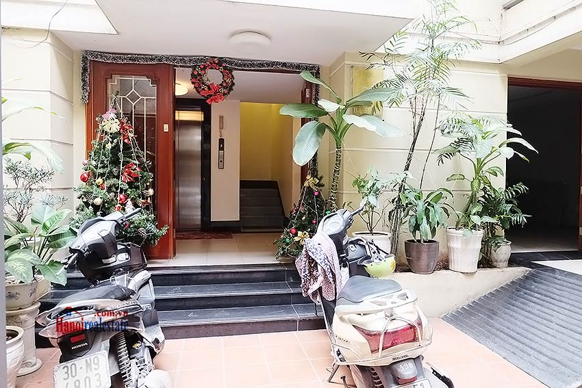 Charming 03 bedroom apartment to let in the heart of Hoan Kiem 27