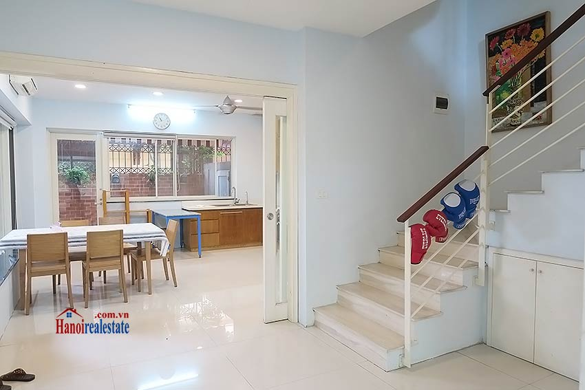 Charming 03 bedroom house to let in Tay Ho, surrounding garden and fully furnished 6