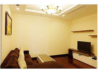Charming 03BRs apartment at Royalcity for rent, bright and airy