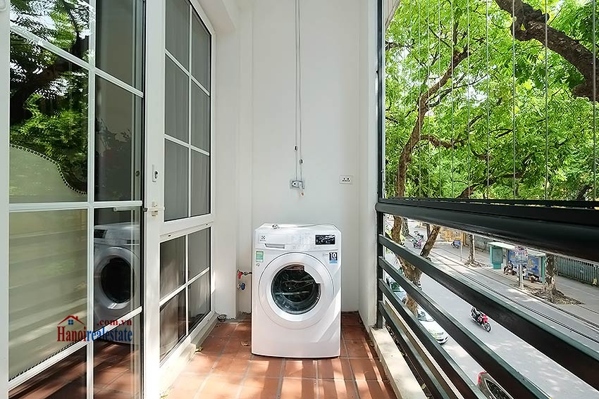 Charming 2 bedroom apartment to lease in Hoan Kiem, short walk from Opera House 6