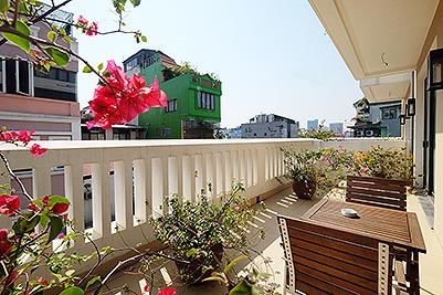 Charming 2-bedroom apartment for rent in Hoan Kiem with Large balcony