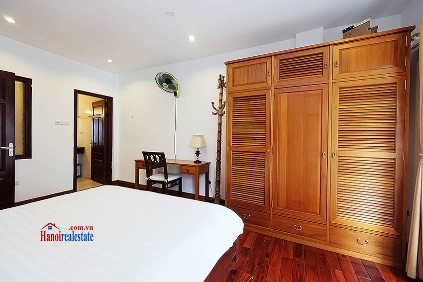 Charming 2-bedroom apartment to rent on Nam Trang, Truc Bach 11