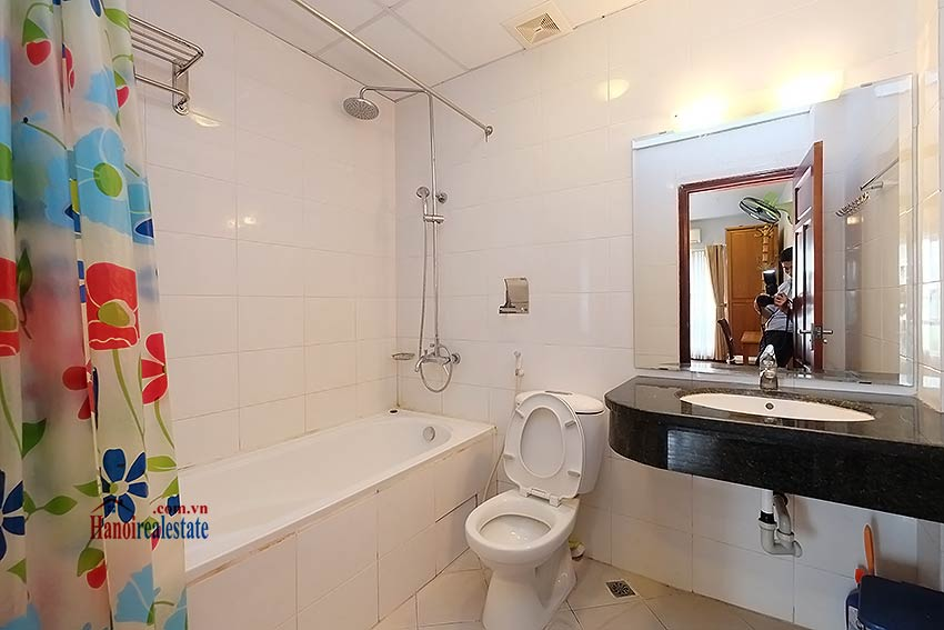 Charming 2-bedroom apartment to rent on Nam Trang, Truc Bach 12