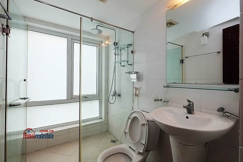 Charming 2-bedroom apartment to rent on Nam Trang, Truc Bach 5