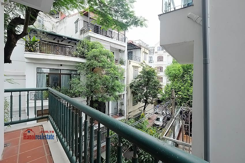 Charming 2-bedroom apartment to rent on Nam Trang, Truc Bach 8