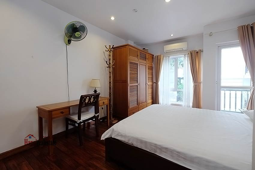 Charming 2-bedroom apartment to rent on Nam Trang, Truc Bach 9