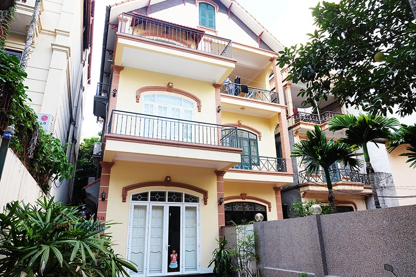 Charming 3-bedroom house with large front yard on To Ngoc Van