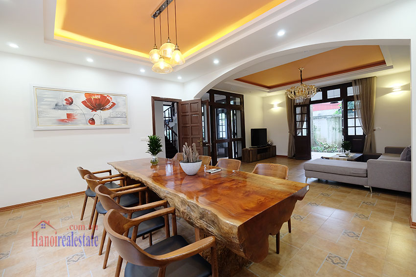 Charming 3-bedroom house with surrounding courtyard in Tay Ho 10