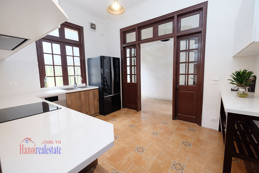 Charming 3-bedroom house with surrounding courtyard in Tay Ho 13