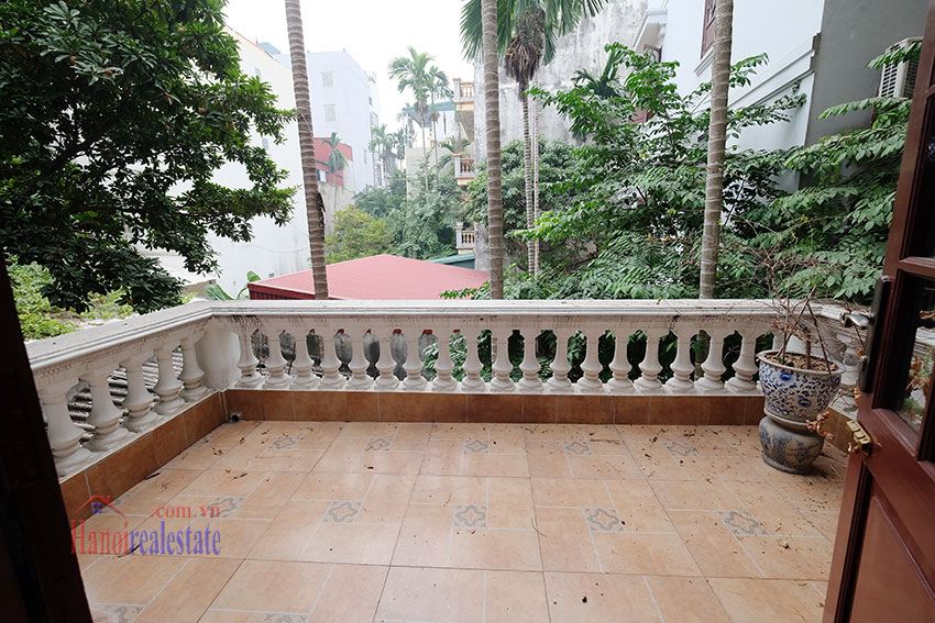 Charming 3-bedroom house with surrounding courtyard in Tay Ho 19