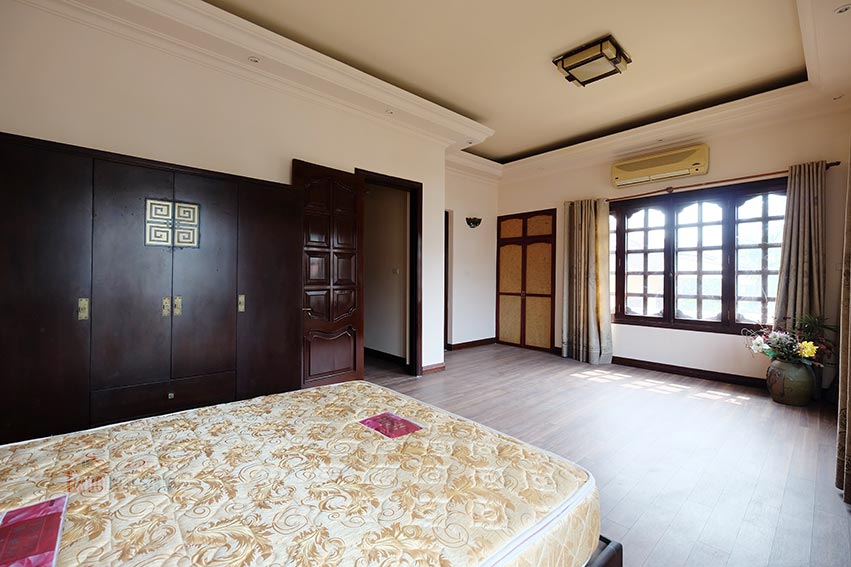 Charming house for rent on To Ngoc Van, big terrace and fully furnished 12