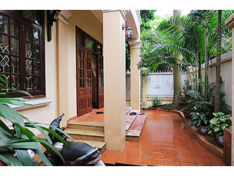 Charming House in Tay Ho rental, 4 BR, nice Yard, Quiet Location