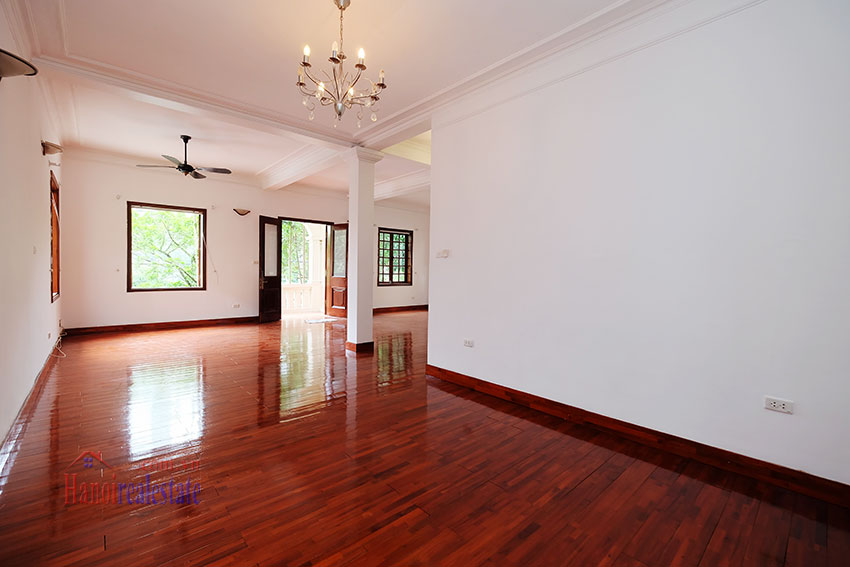 Charming house with large front courtyard on To Ngoc Van 10