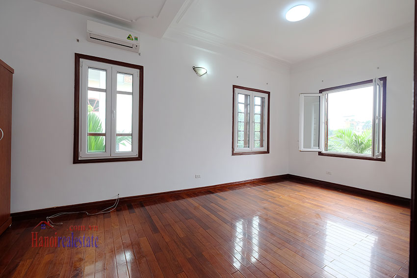 Charming house with large front courtyard on To Ngoc Van 22