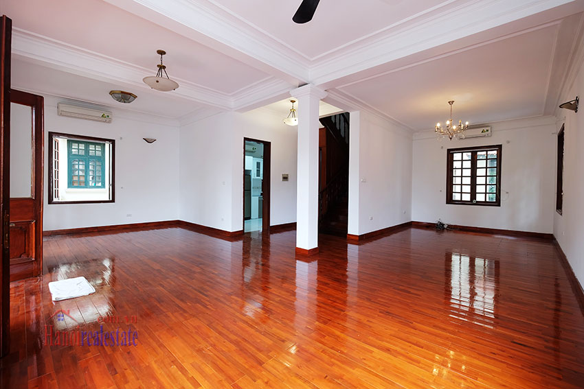 Charming house with large front courtyard on To Ngoc Van 9