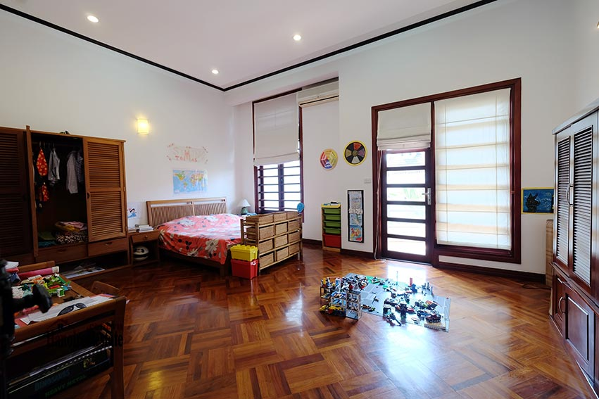 Charming house with pool & front yard on To Ngoc Van 18