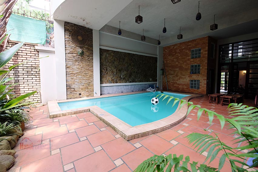 Charming house with pool & front yard on To Ngoc Van 3