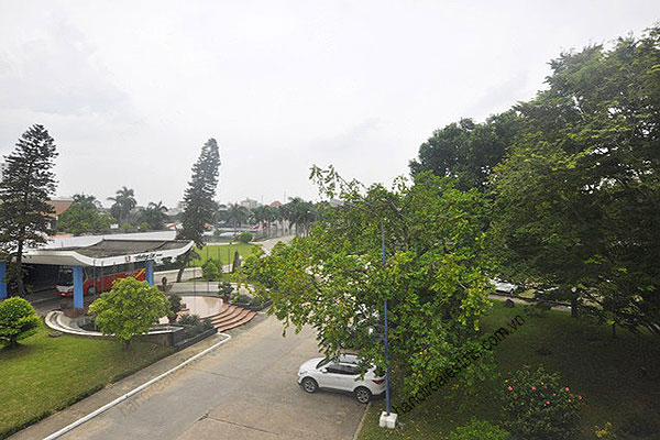 Charming Lake Side Villa in Beautiful location with large garden in Tay Ho 33
