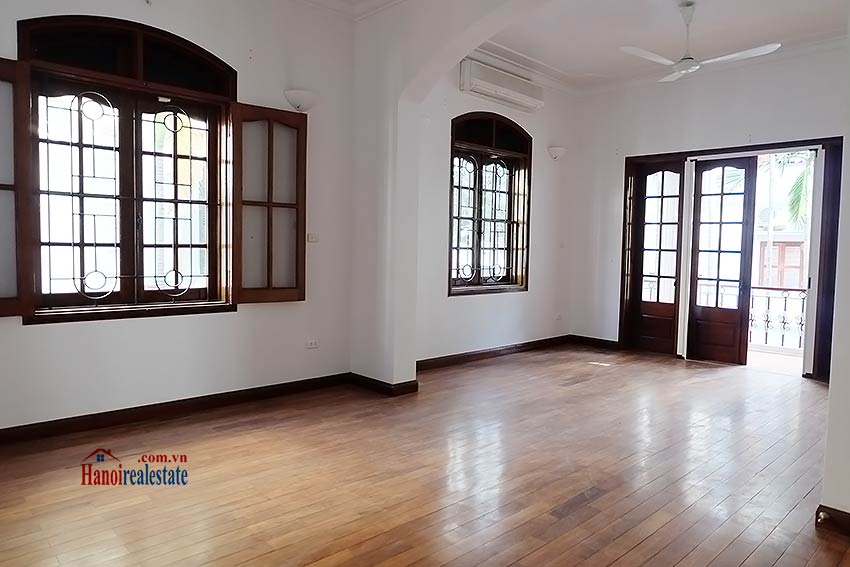 Charming spacious house to let in To Ngoc Van with big courtyard 10