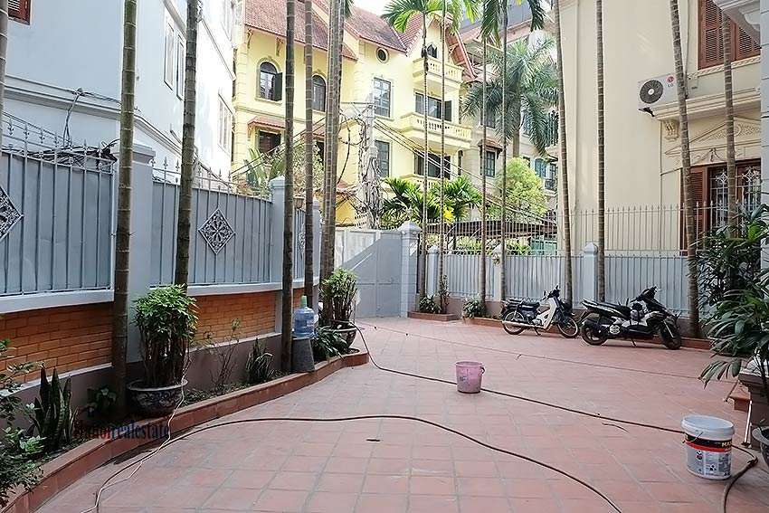 Charming spacious house to let in To Ngoc Van with big courtyard 3
