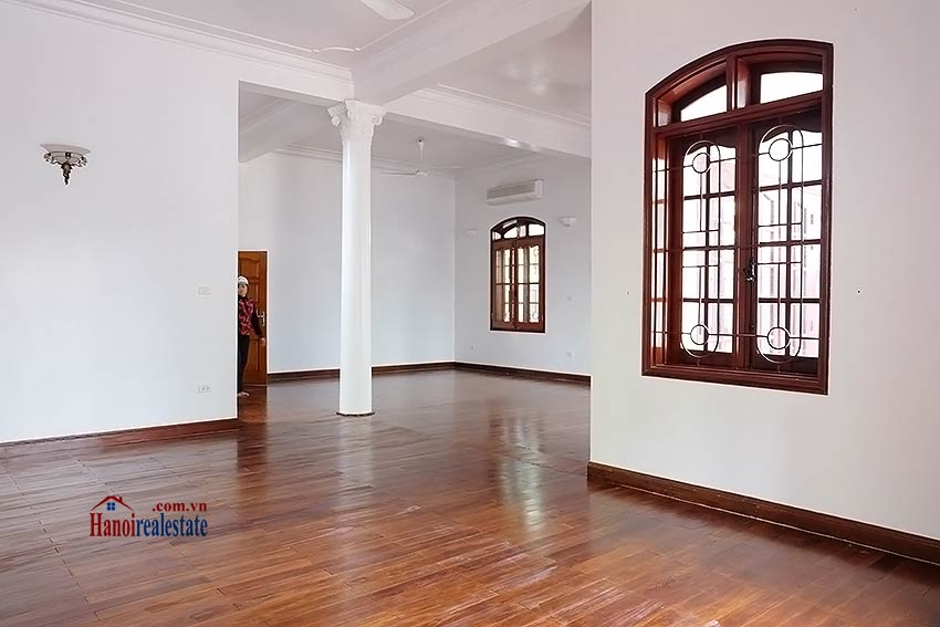 Charming spacious house to let in To Ngoc Van with big courtyard 1