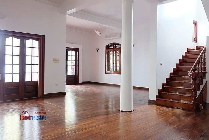Charming spacious house to let in To Ngoc Van with big courtyard 4