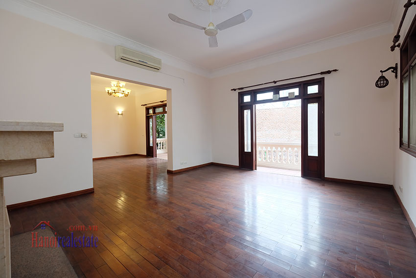 Charming Villa with large garden & outdoor pool on To Ngoc Ngoc Van to rent 14