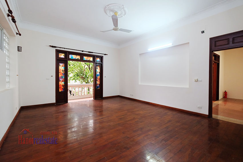 Charming Villa with large garden & outdoor pool on To Ngoc Ngoc Van to rent 19