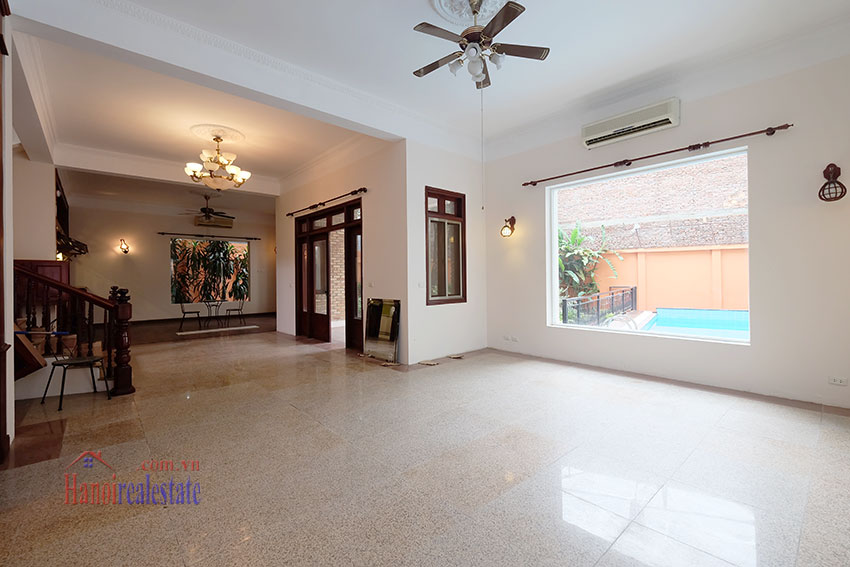 Charming Villa with large garden & outdoor pool on To Ngoc Ngoc Van to rent 7