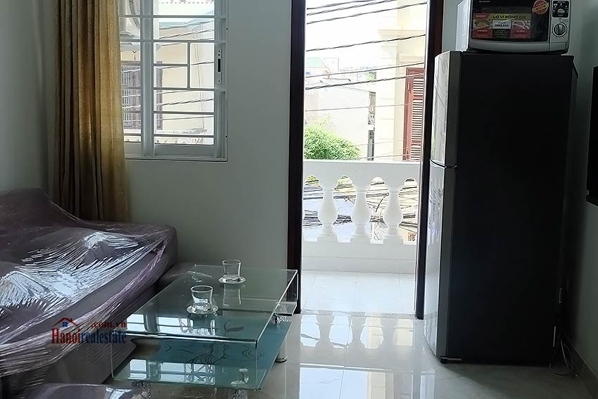 Cheap 01 bedroom apartment for rent in au co tay ho hanoi for Cheap four bedroom apartments