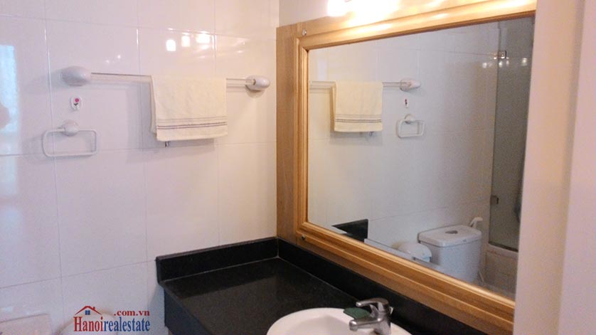 Cheap price 03BRs apartment in E5 Ciputra 10
