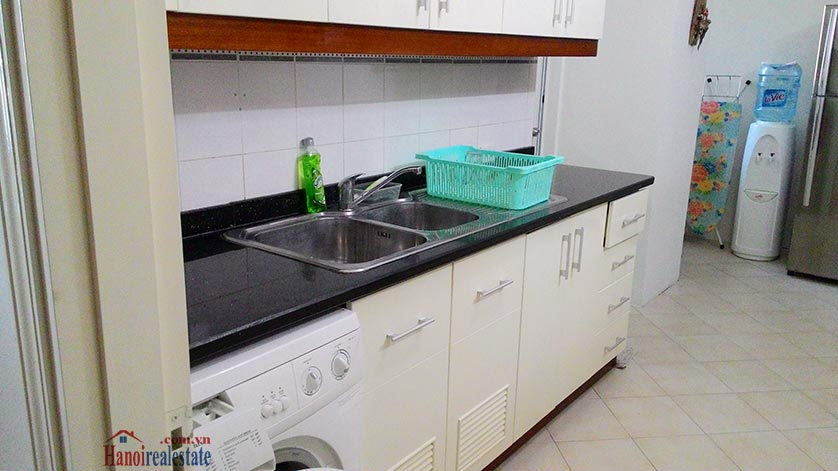 Cheap price 03BRs apartment in E5 Ciputra 4