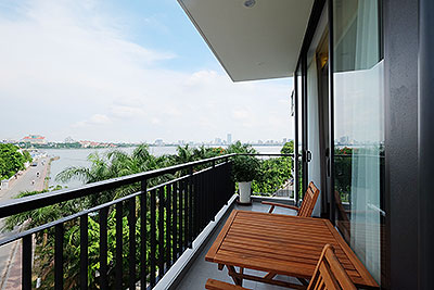 Westlake view balcony apartment for rent in Nhat Chieu, short walking to Water Park