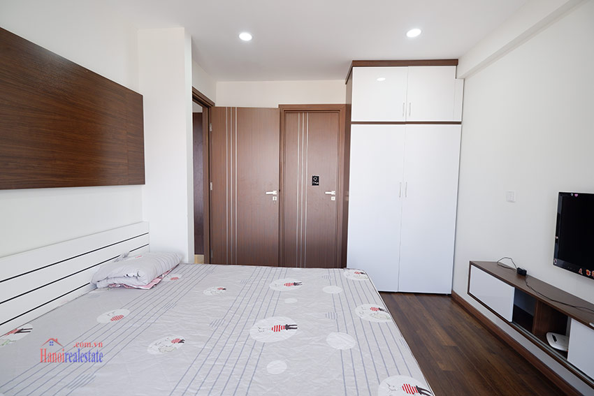 Ciputra: Brand new opened view 03BRs apartment at L4 building 12