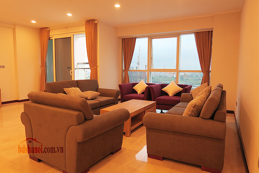 Ciputra: Fully furnished, new 04BRs apartment in L2 1