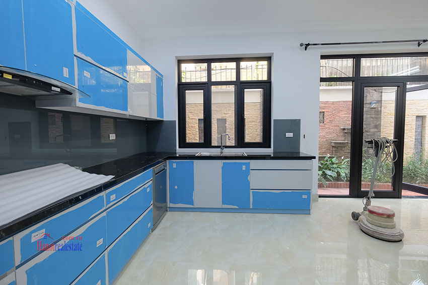 Ciputra: Fully renovated modern 05BRs house in D block, short walk to UNIS 10