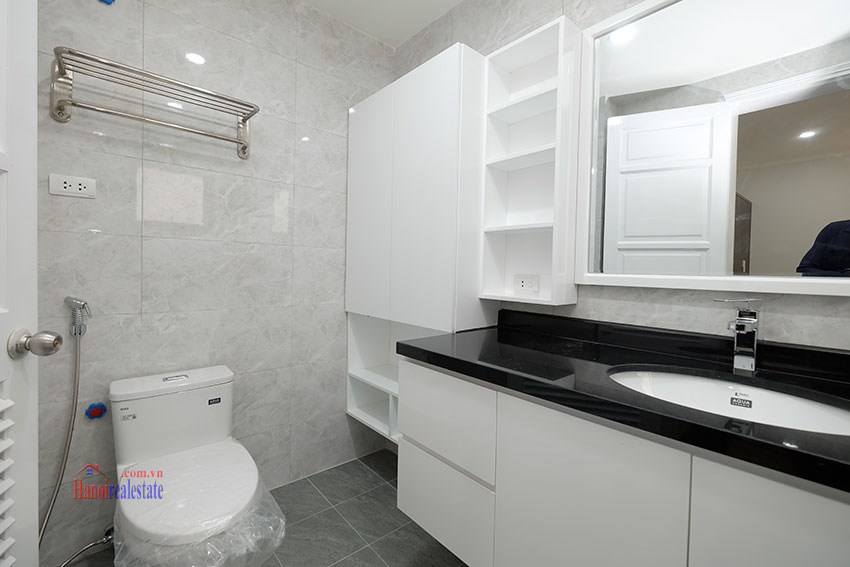 Ciputra: Fully renovated modern 05BRs house in D block, short walk to UNIS 22