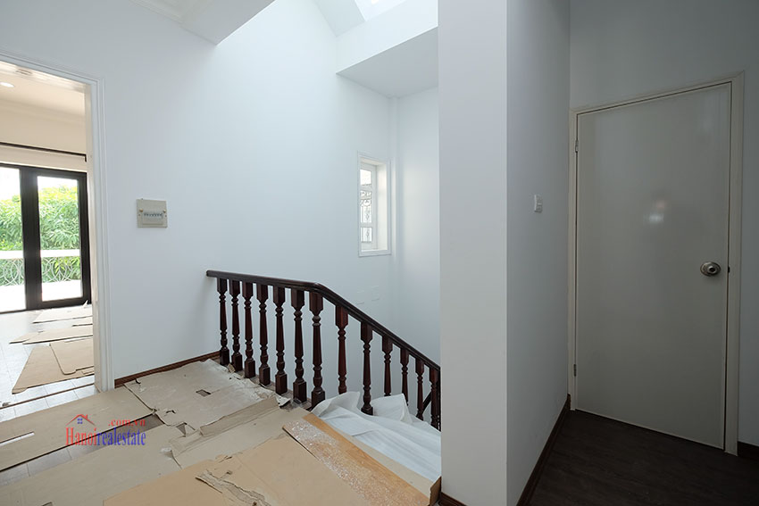 Ciputra: Fully renovated modern 05BRs house in D block, short walk to UNIS 31