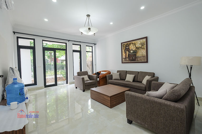 Ciputra: Fully renovated modern 05BRs house in D block, short walk to UNIS 5